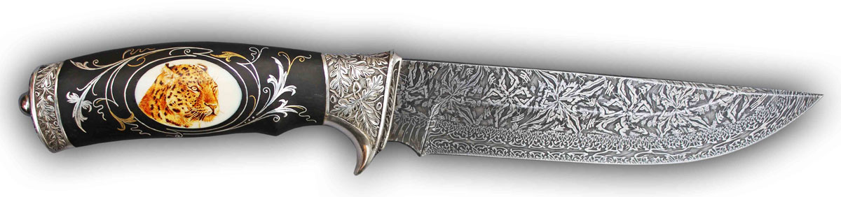 Гравировка на лезвии ножа 56